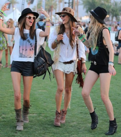 chicas hipster look festivales mini shorts