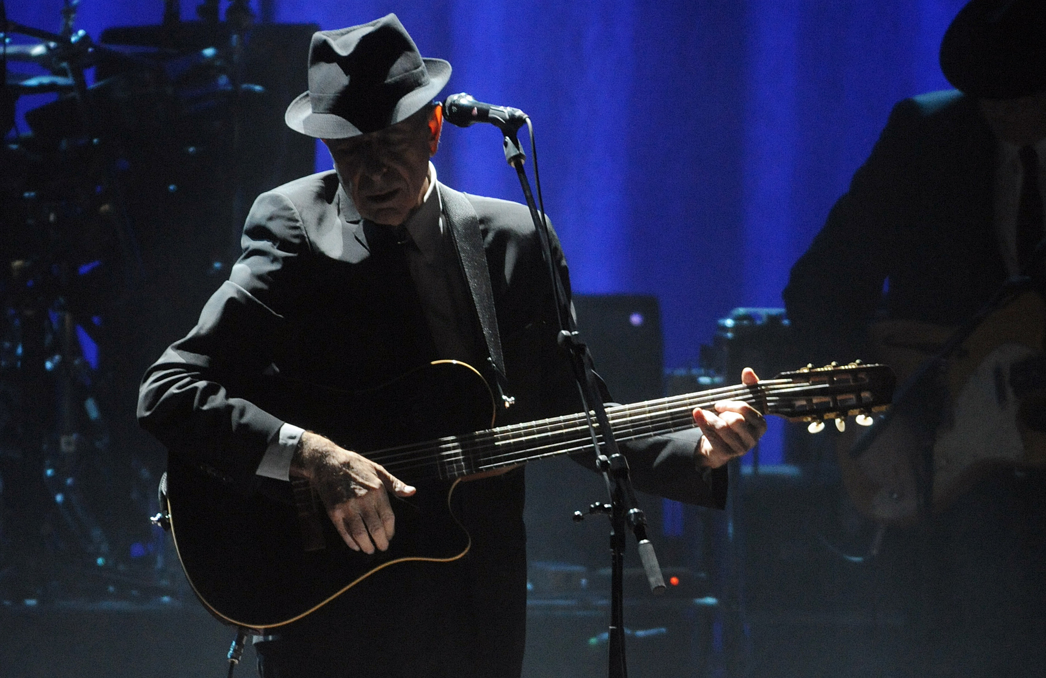 Leonard Cohen performs at the Beacon Theatre, his first concert in New York in 15 years, Thursday, Feb. 19, 2009. (AP Photo/Henny Ray Abrams) ORG XMIT: NYHA107