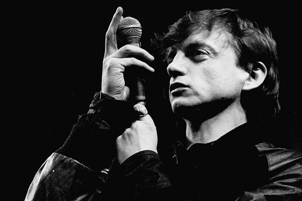 muere mark e smith