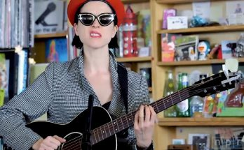 st vincent custico tiny desk concert